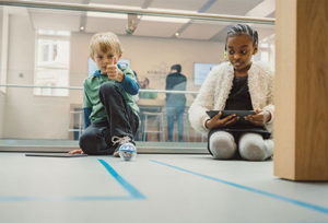 At Apple Stores, inspiring Today at Apple programming includes Kids Hour coding sessions designed to spark imagination and creativity.